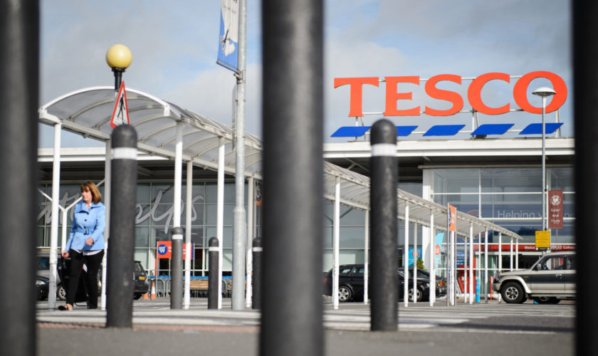 BRITAIN-RETAIL-BUSINESS-EARNINGS-TESCO